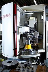 Profilschleifmaschine NILES ZE 630